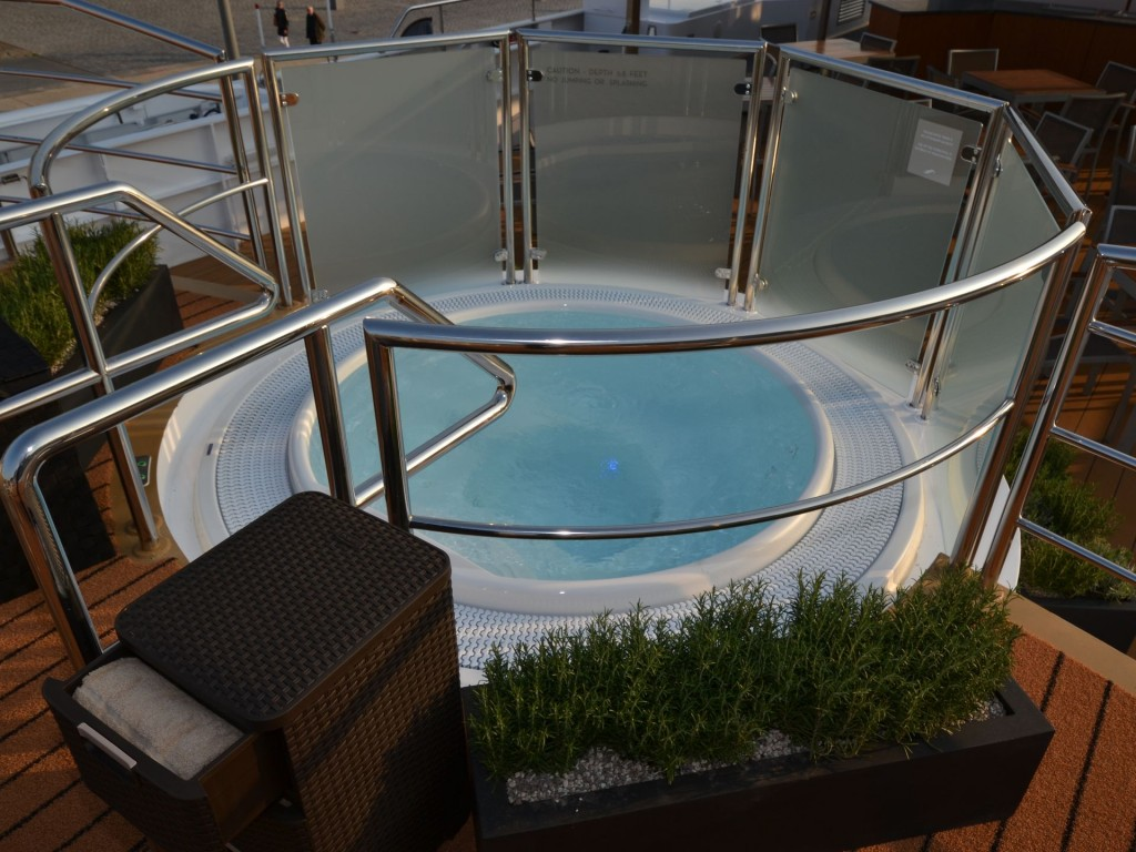 The Avalon Tapestry II's top deck also is home to a small hot tub. (Photo: Gene Sloan, USA TODAY)