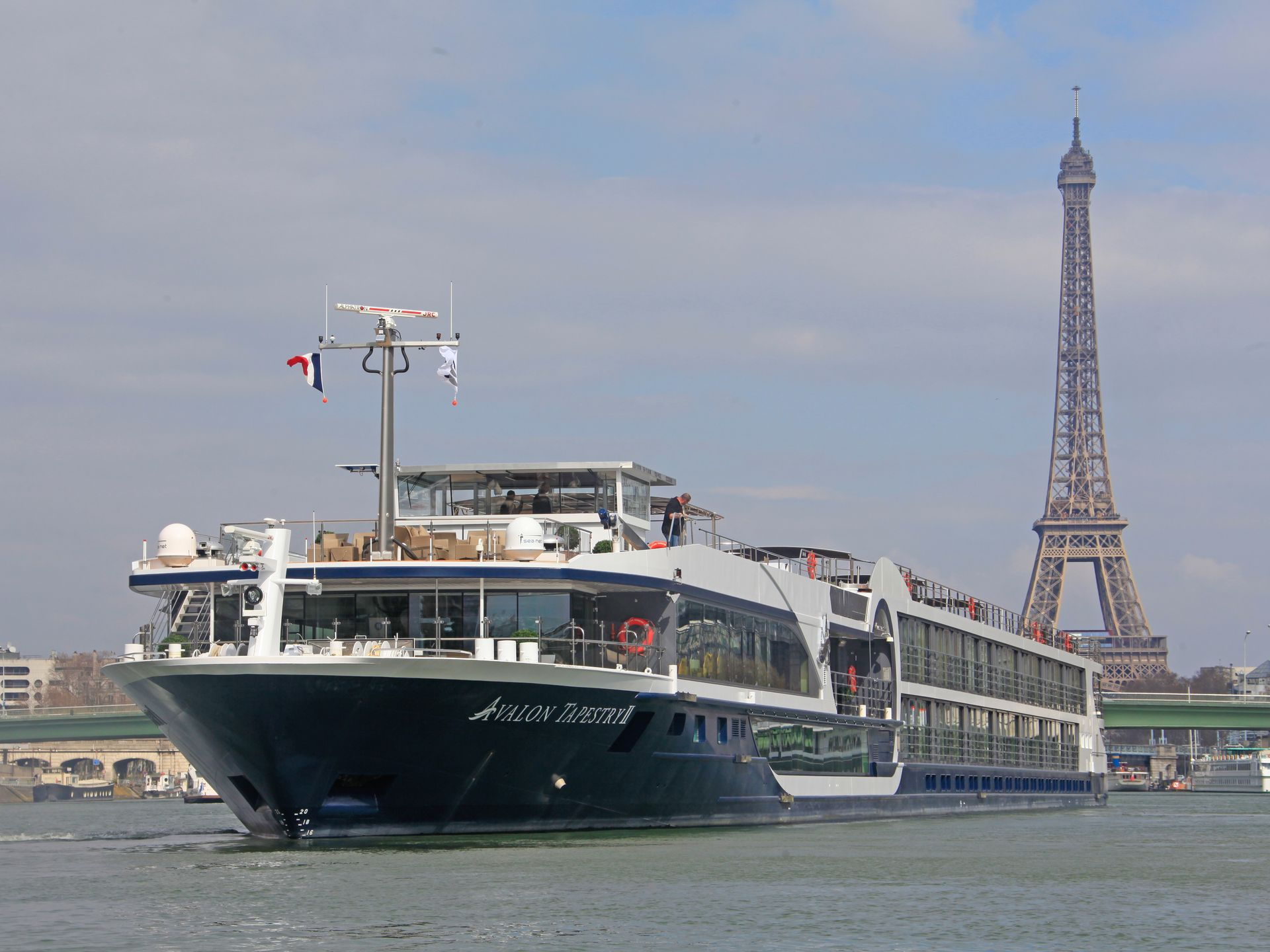 Photo Tour Inside The Hottest New Ship On The Seine Avalon