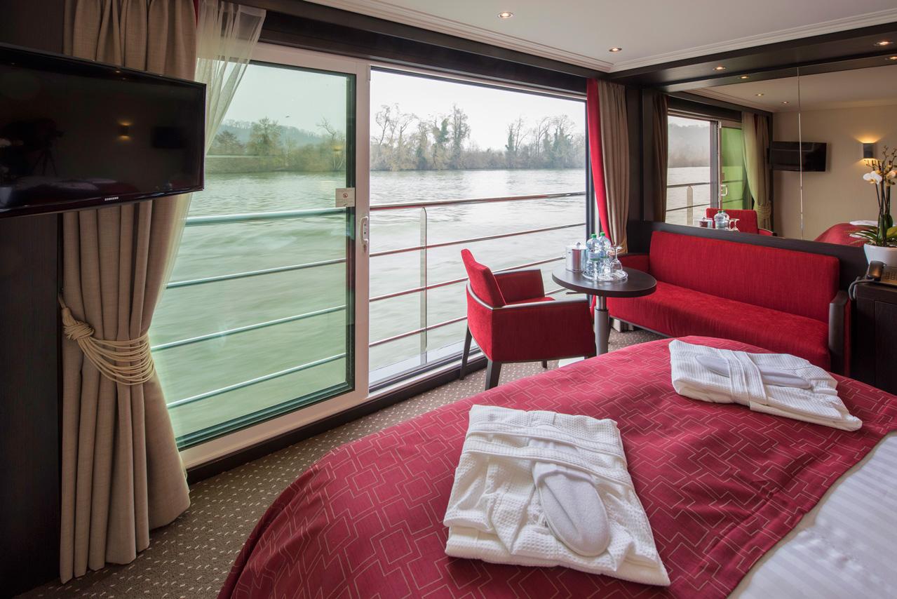 Avalon river cruise suite Open-Air Balcony windows