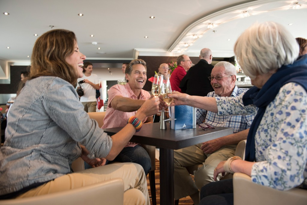 Enjoy drinks with new friends (Photo credit: Avalon Waterways)