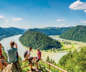 Hiking along the Danube