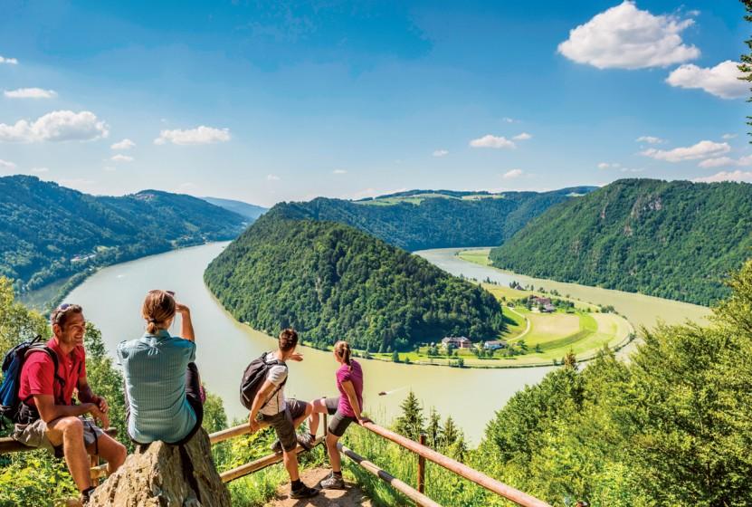 Hiking along the Danube