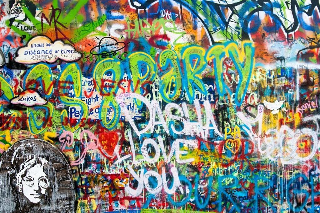 graffiti-528180_1280-1024x680