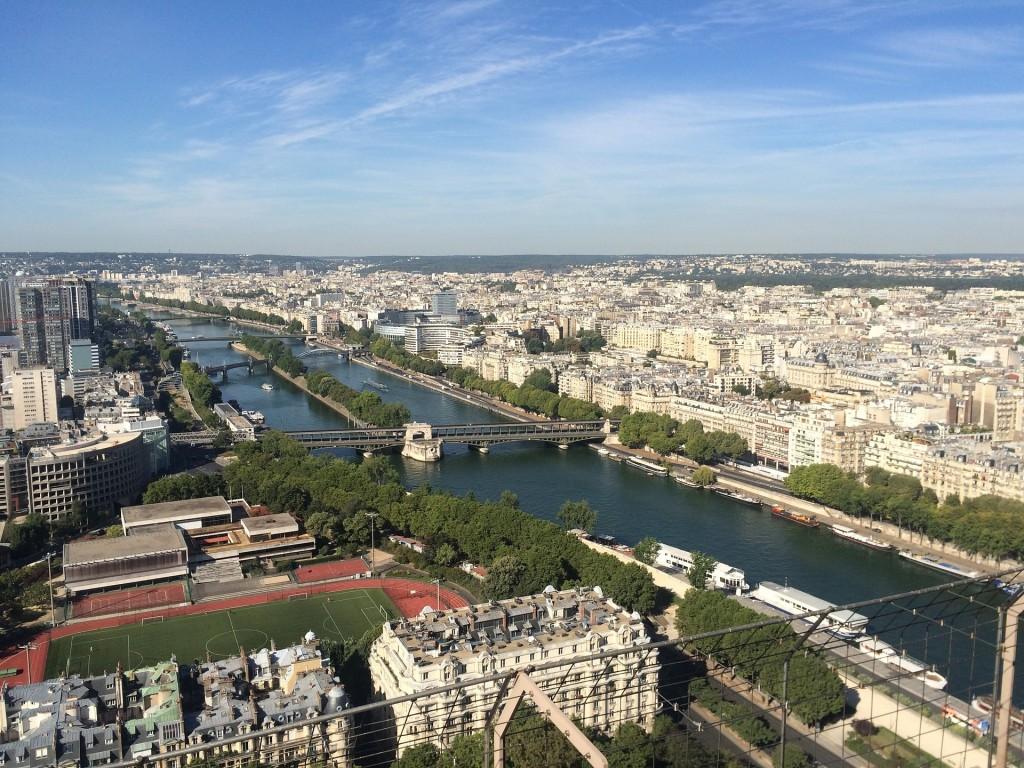 paris-912013_1920
