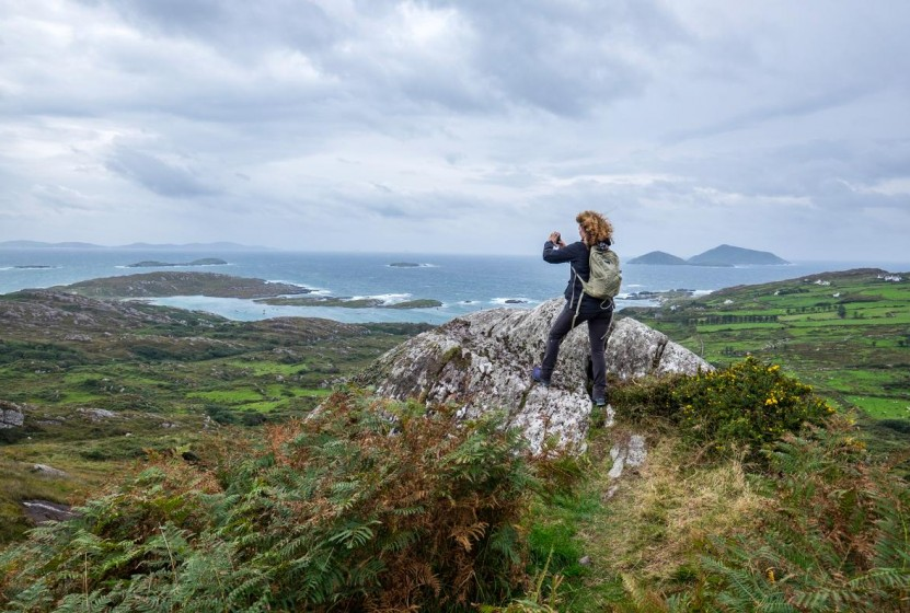 woman-hiking-beara-peninsula-ireland-solo-travel_adapt_1190_1