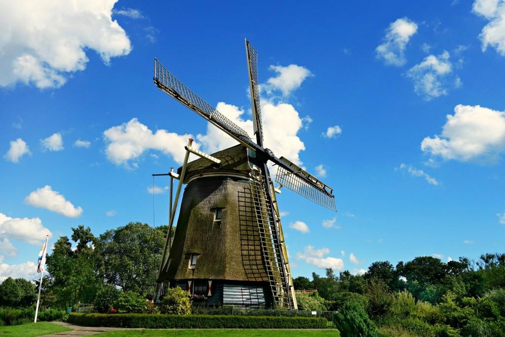 windmill-1546912_1920